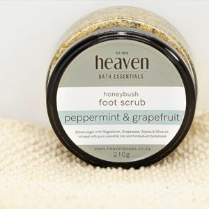 Foot scrub (sea salt & Eucalyptus, with grapeseed, jojobal & olive oil)